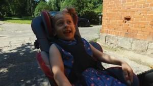 """Pomoc za uśmiech """"Iskierki"""". Otwórzmy serca dla 4-letniej Julii…"""